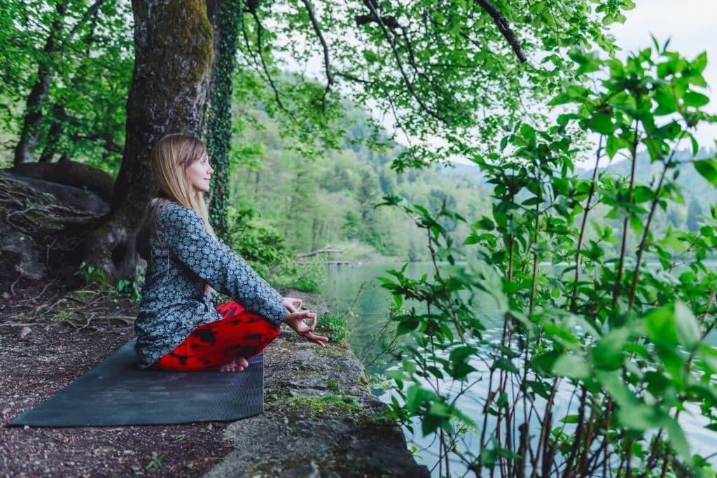 Manage stress levels to combat hypothyroidism